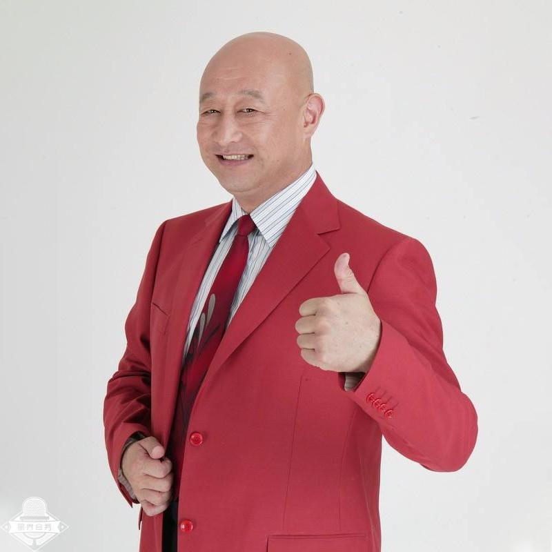 陈寒柏 中国相声演员 影视演员 主持人 中央电视台《周末喜相逢》栏目节目主持人 凭借作品相声《谁说了算》拿到第二届CCTV全国相声大赛的第一名 陈寒柏